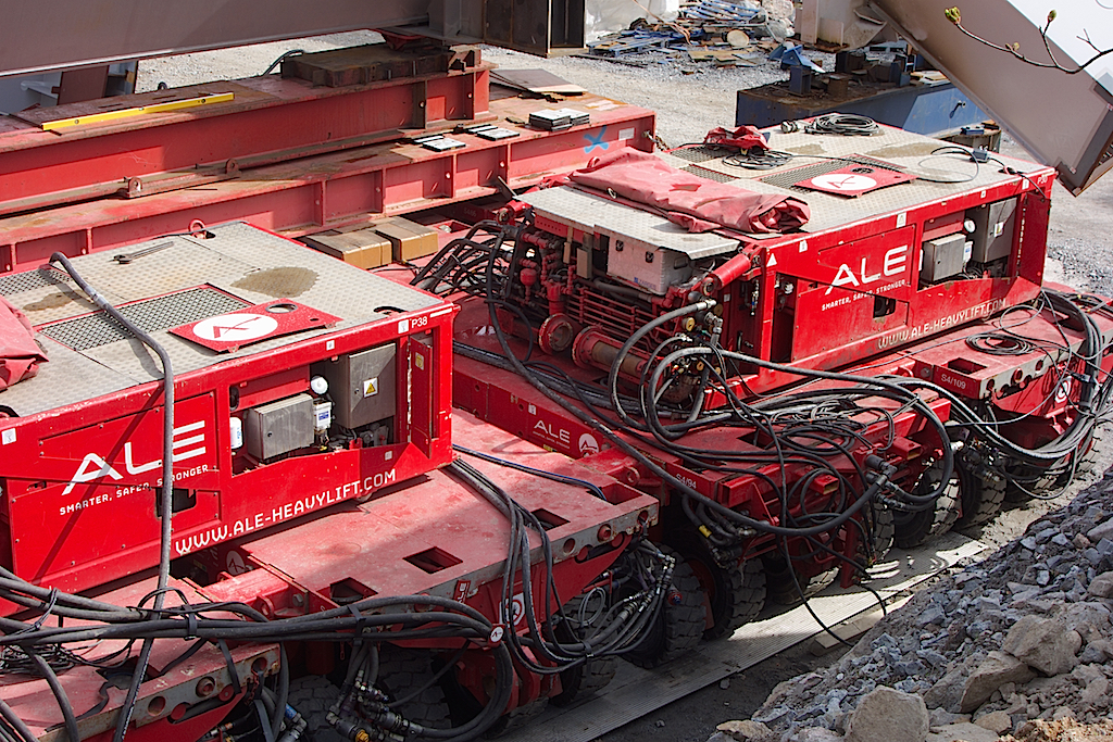 Månghjuliga tunglyftvagnar